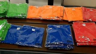 Tシャツ並べる2.jpg
